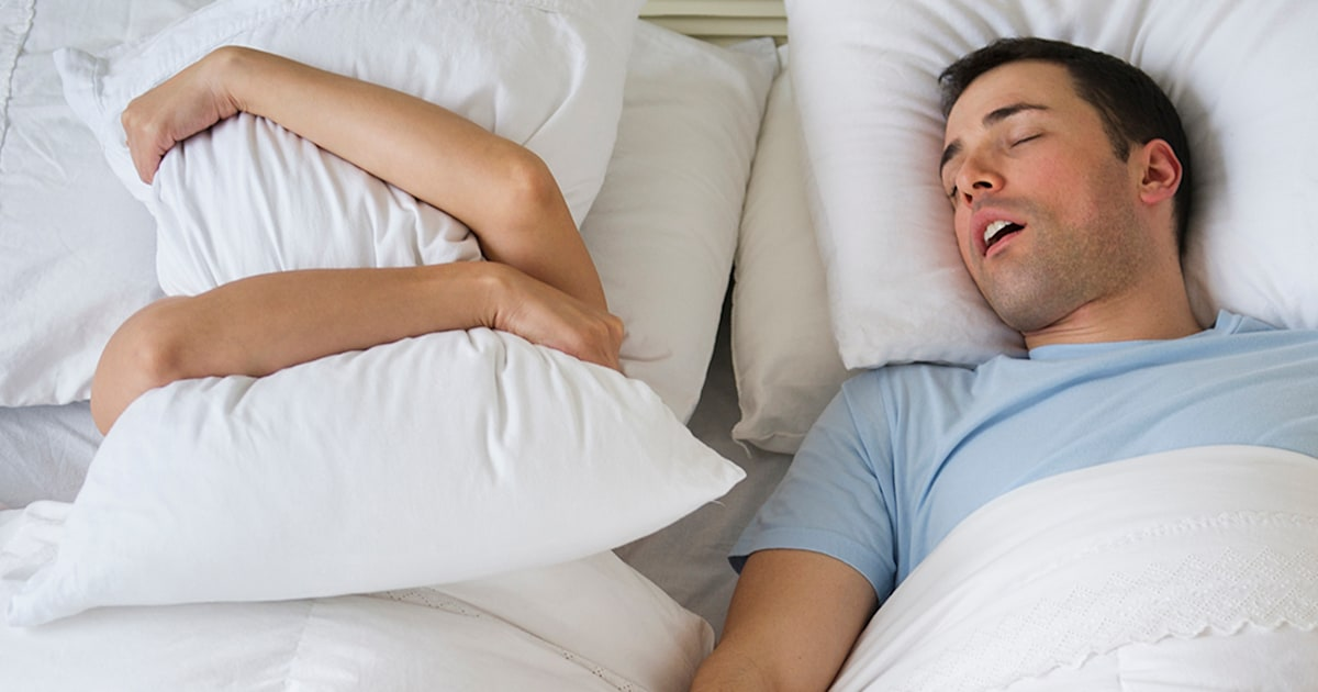 What Is A Sleep Divorce Why Couples In Separate Beds And How To Ask