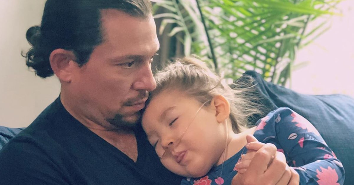 'Hamilton' star's 3-year-old daughter dies from severe form of epilepsy