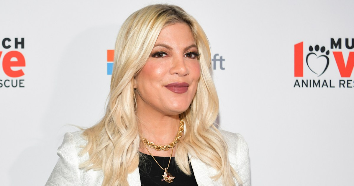 Tori Spelling defends letting daughter 'express herself' with pink hair