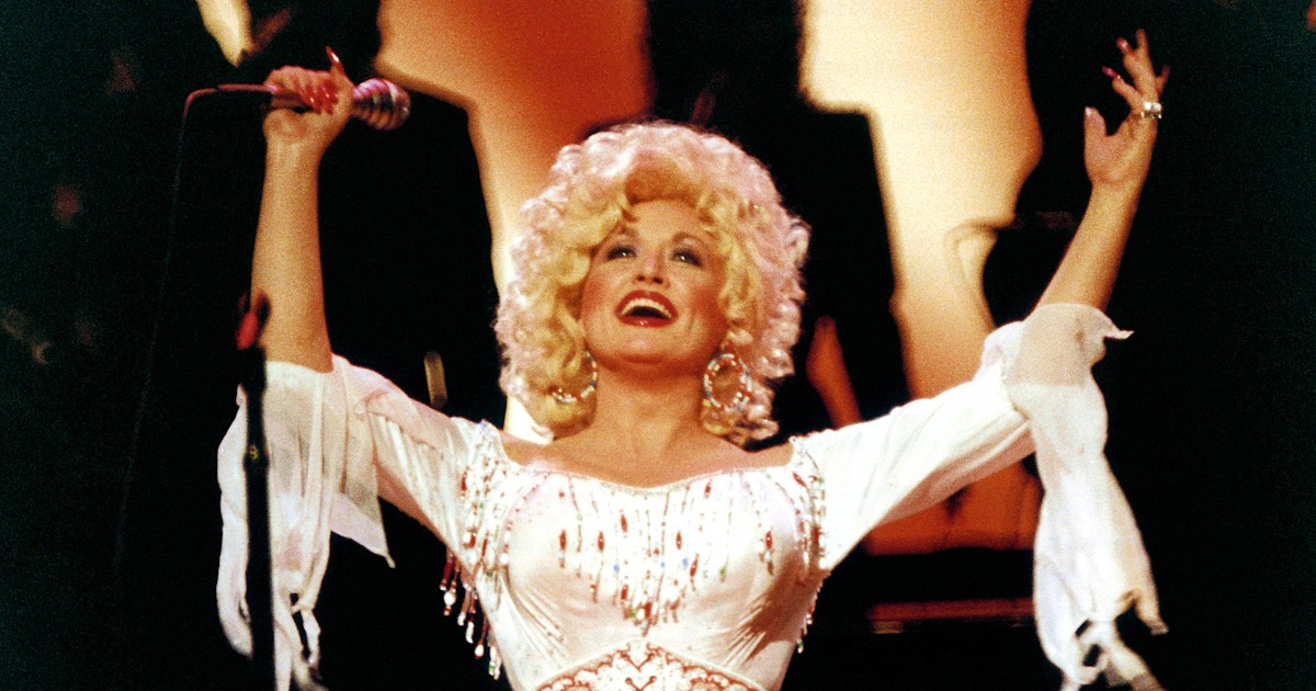 Dolly Parton is 74! Here are 10 of our favorite things she's ever said