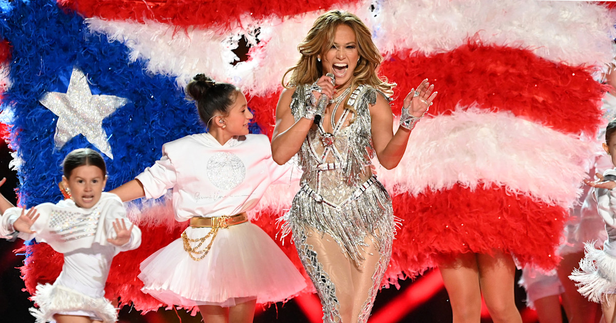 Jennifer Lopez writes powerful statement about her Super Bowl performance