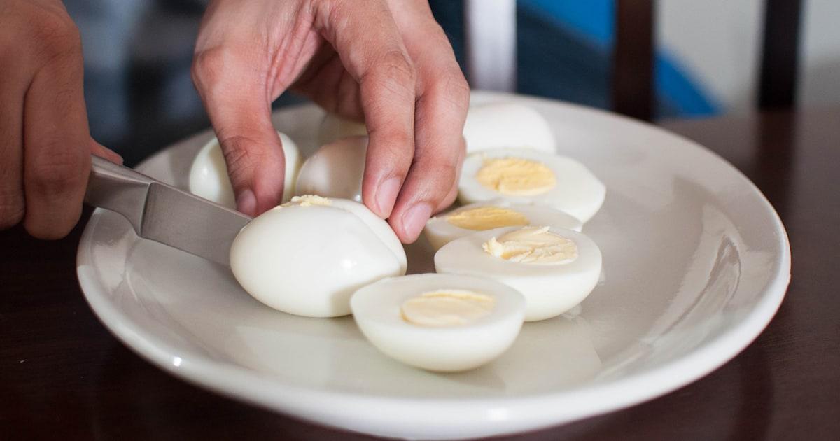 How long do hard-boiled eggs stay fresh?