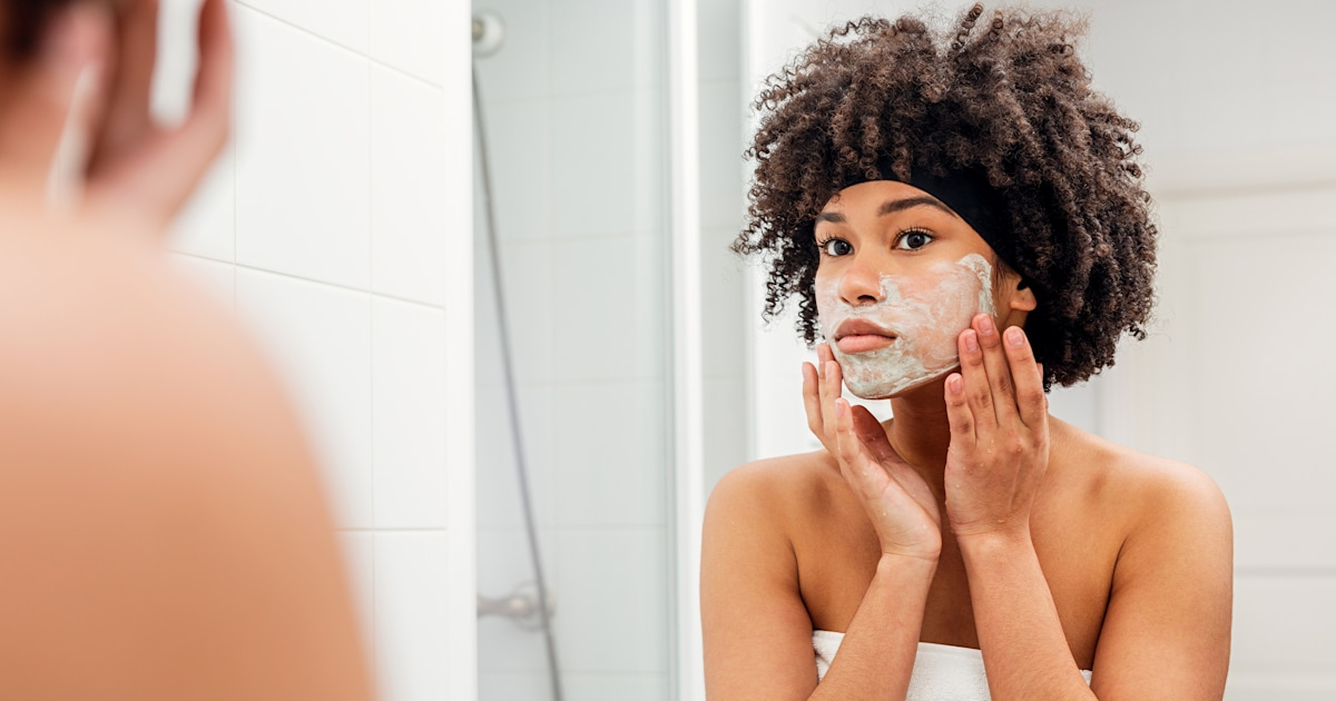 Dermatologists say these are the best exfoliators for smooth skin