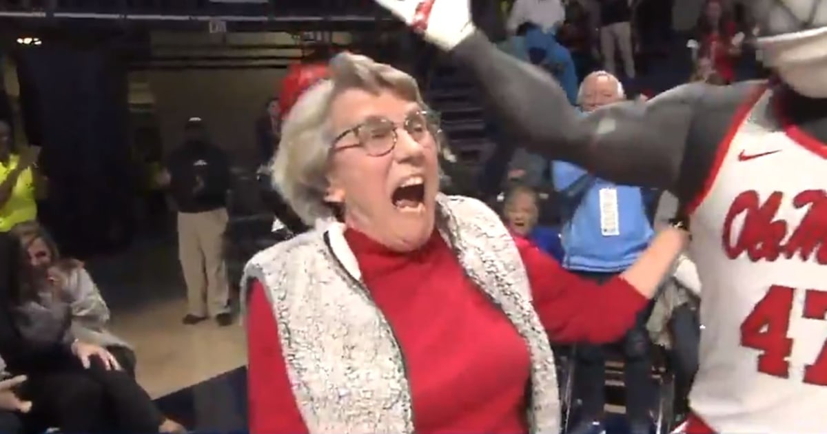 Watch the amazing moment 84-year-old woman sinks a 94-foot putt to win a car
