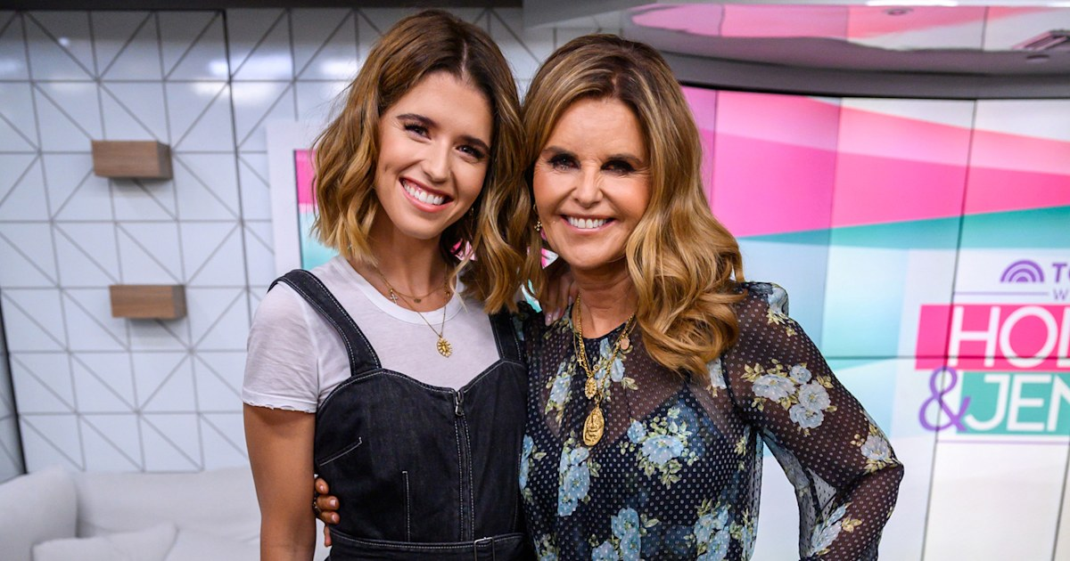 Katherine Schwarzenegger honors mom Maria Shriver: 'You made me want to be a mama'