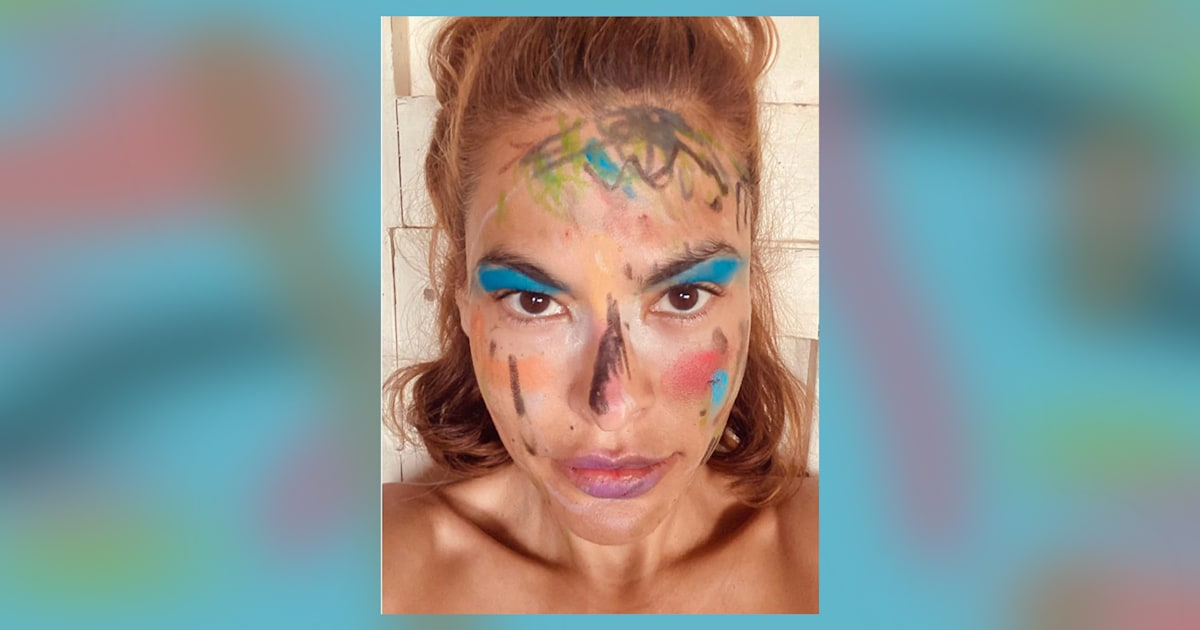 Eva Mendes reveals colorful makeover from her daughters: 'They've won'