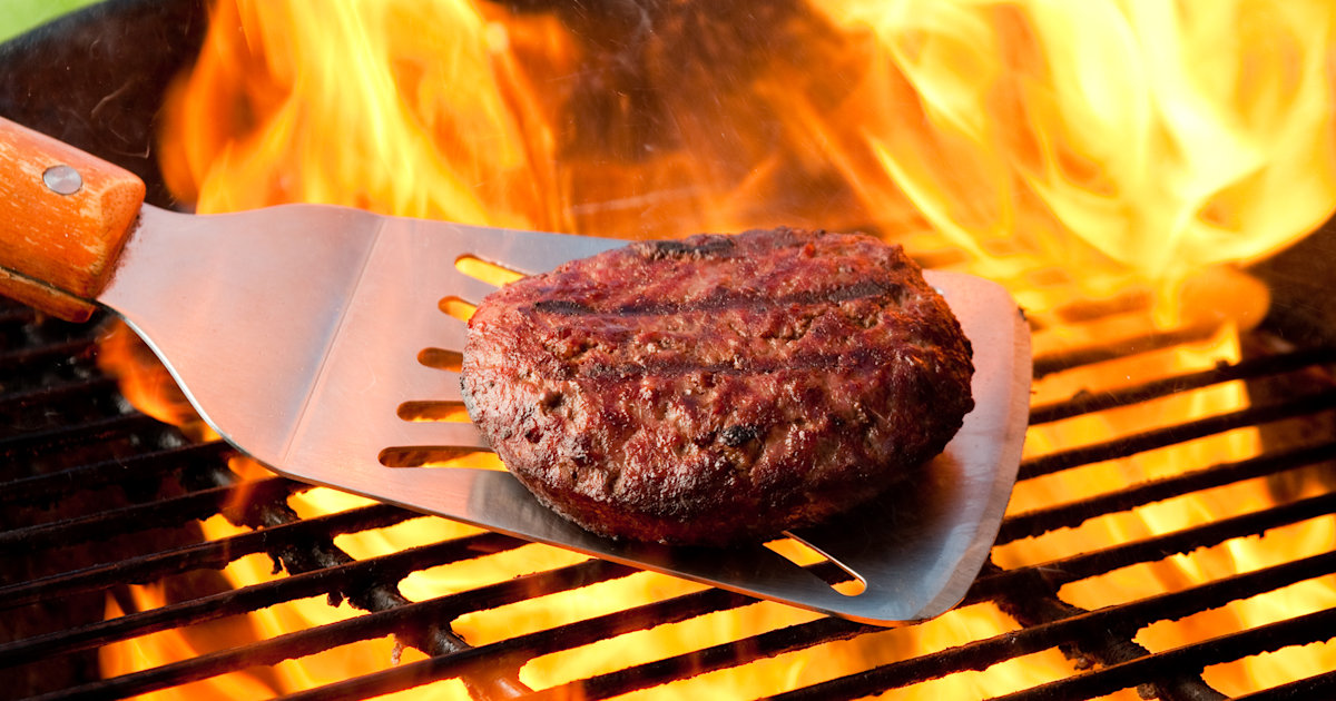 10 common mistakes people make when cooking burgers
