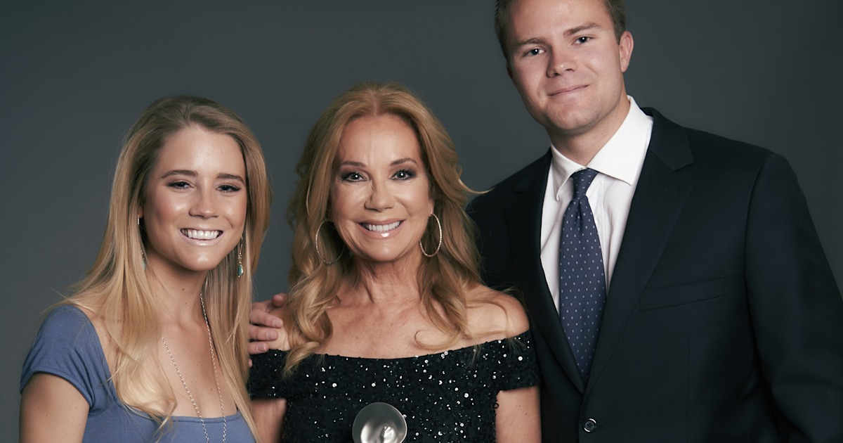 Kathie Lee says Cody and Cassidy 'sensed their dad just smiling' at their weddings