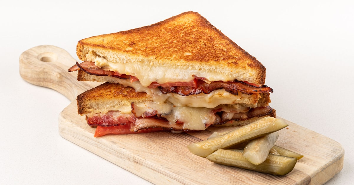 Curtis Stone jazzes up classic grilled cheese and bologna sandwiches