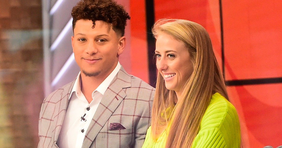 Patrick Mahomes, Brittany Matthews share 1st pics of daughter's face