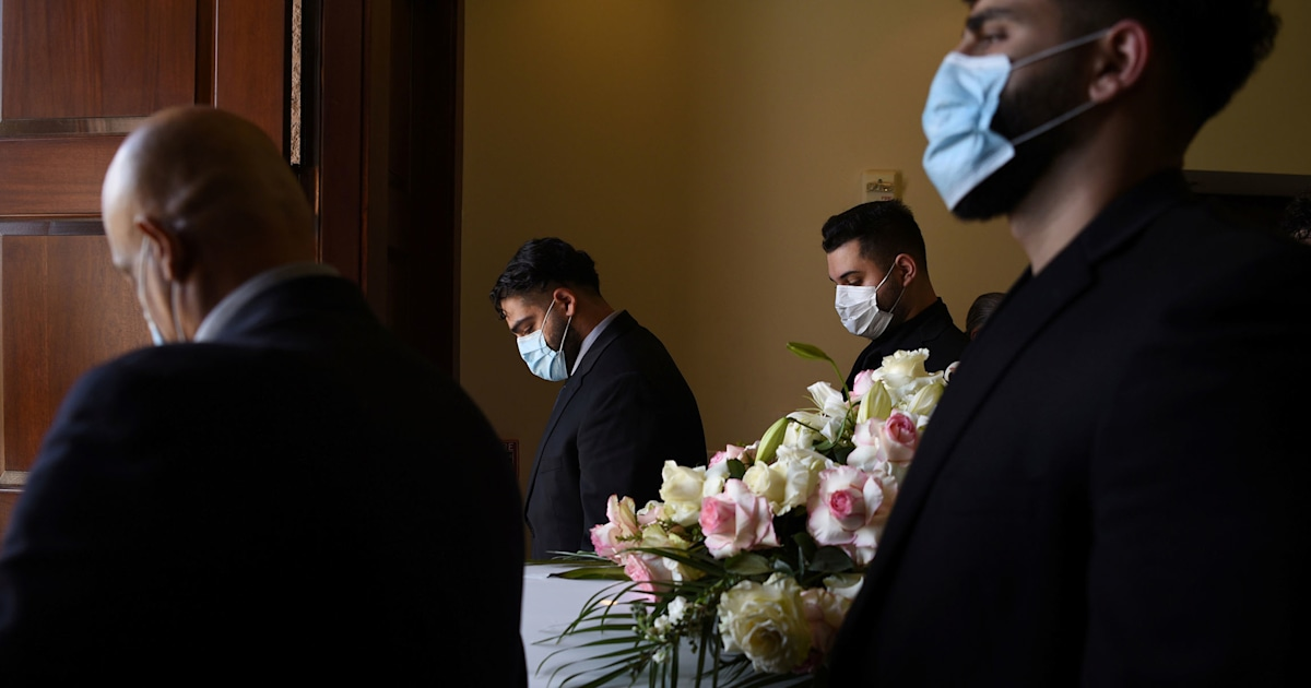 US Covid-19 death toll surpasses 200,000 — now the 3rd largest killer of Americans