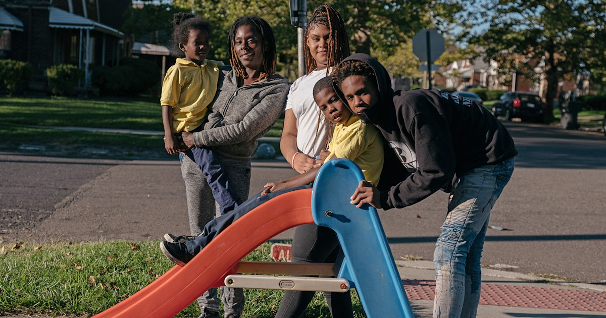 Two weeks in, Detroit parents question tough choices about school