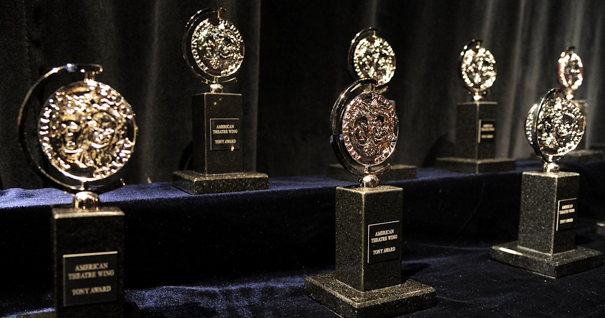 Only 1 actor was nominated in this Tony Awards category. What happens now?