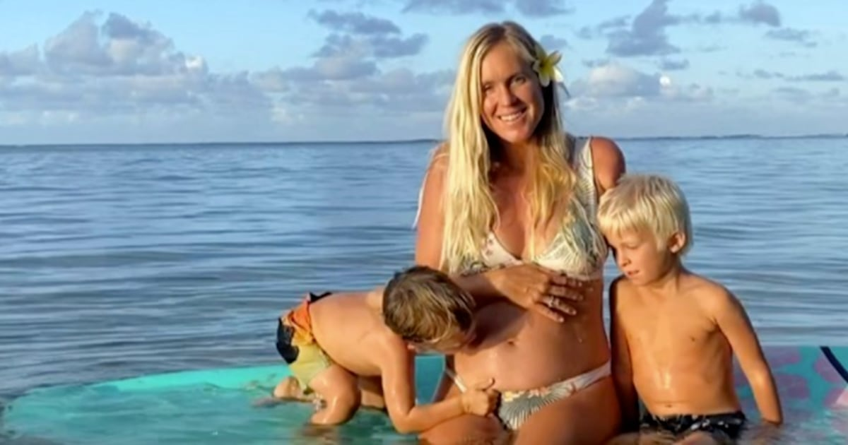'Soul Surfer' Bethany Hamilton expecting her 3rd child — see the video