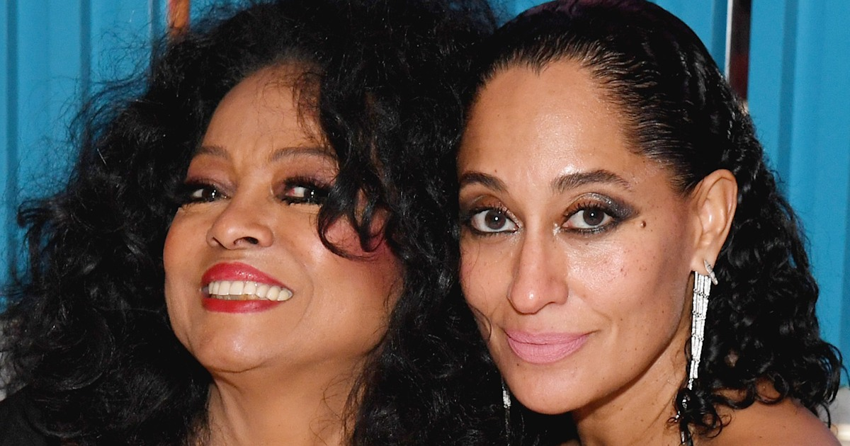 Tracee Ellis Ross twins with mom Diana Ross in throwback runway video
