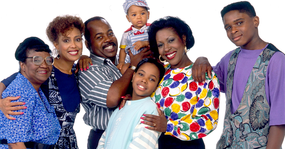 2 'Family Matters' stars reunite in new Christmas movie
