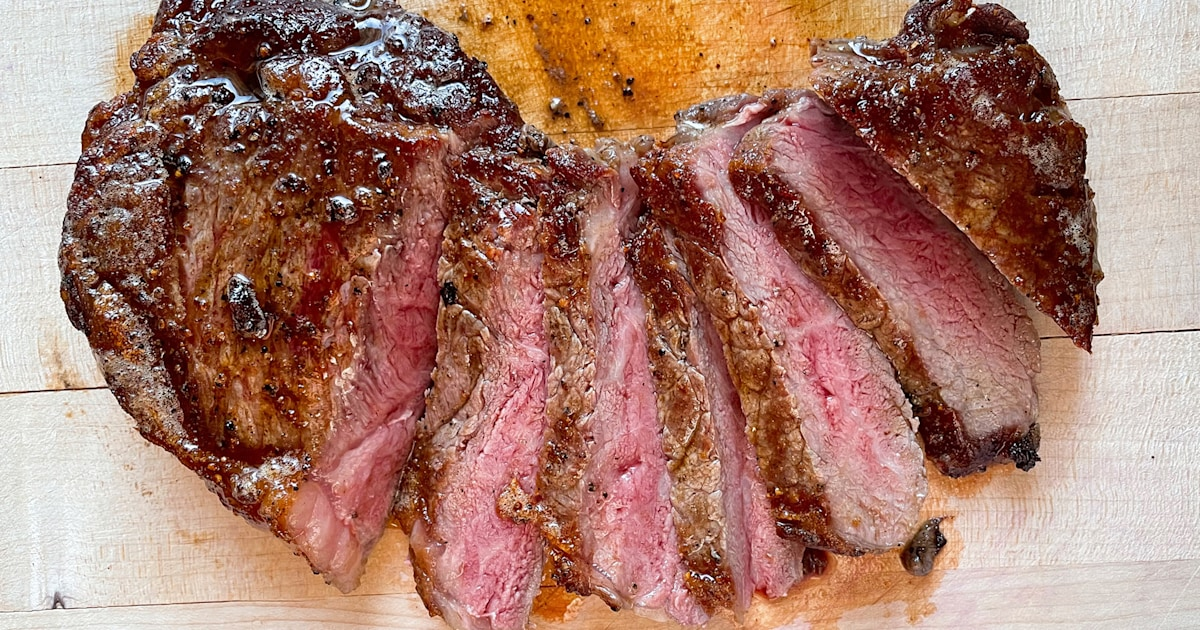 How to properly season steak: Tips from a professional chef