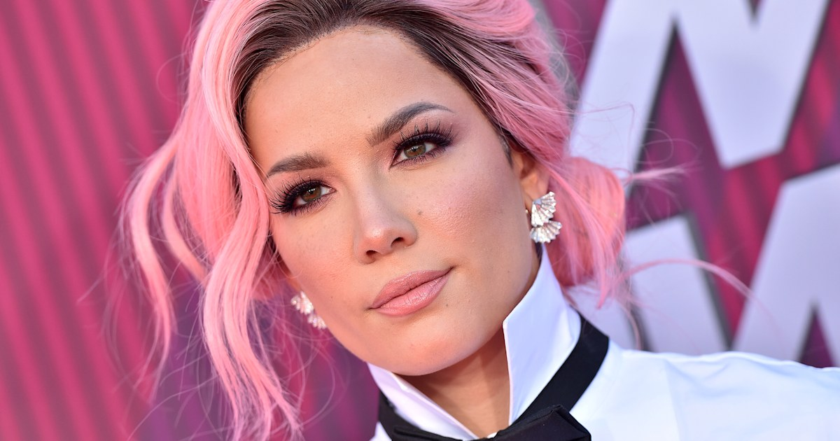 Halsey slams Grammys for allegedly letting 'bribes' determine nominees