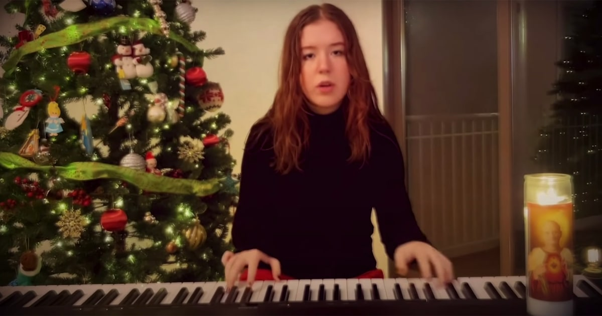 Pennsylvania teen, 15, captures 2020 in catchy original holiday song