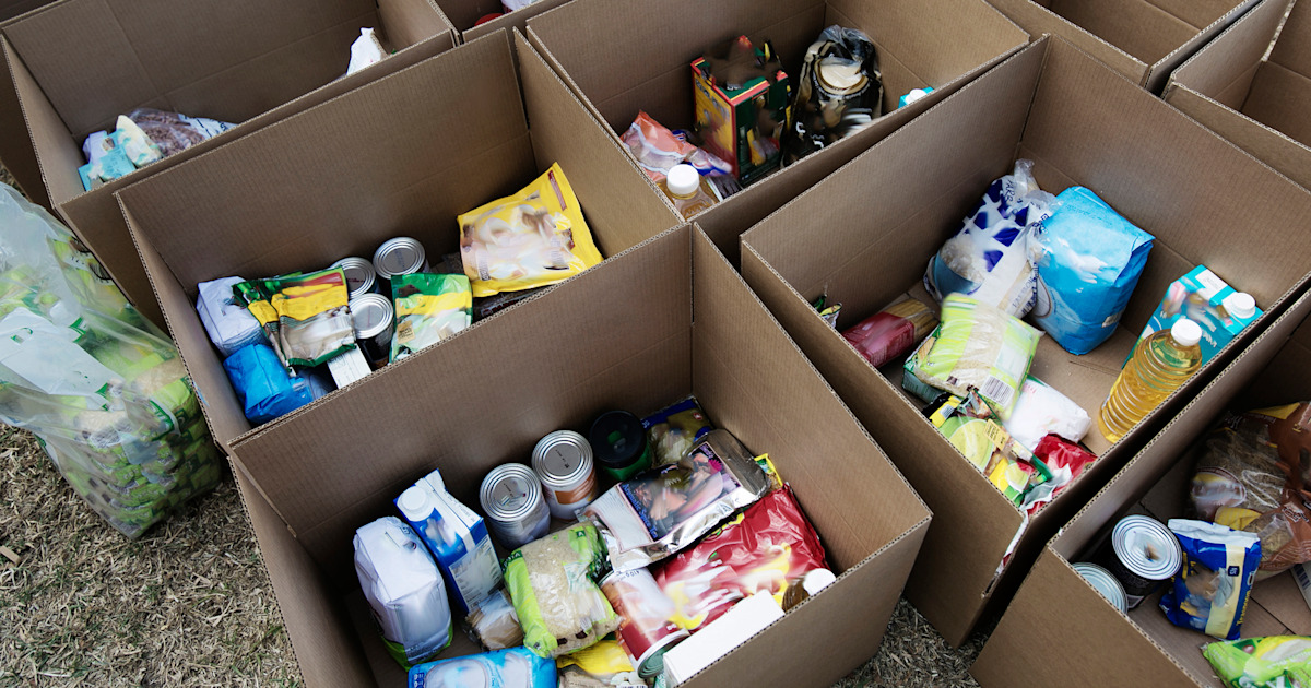 Food banks: What to donate and what to avoid