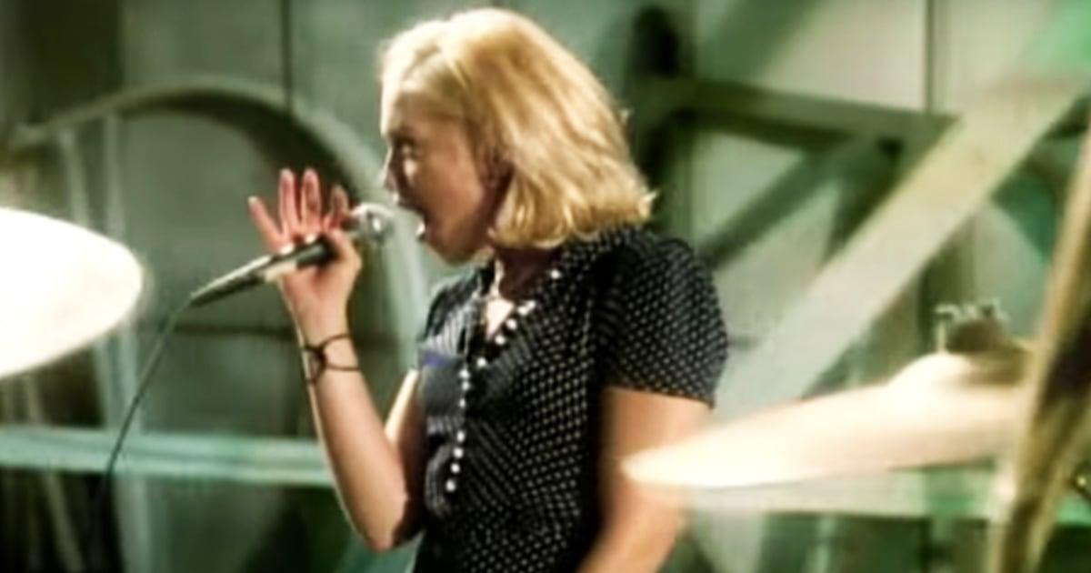 Gwen Stefani rocks famous 'Don't Speak' polka-dot dress 25 years later