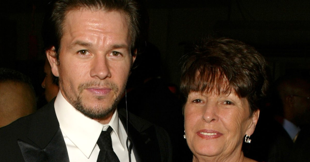 Mark and Donnie Wahlberg honor their late mother on her birthday