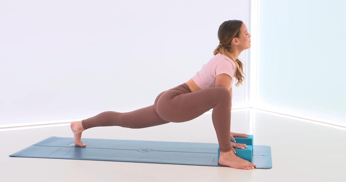 An easy 10-minute yoga flow for beginners