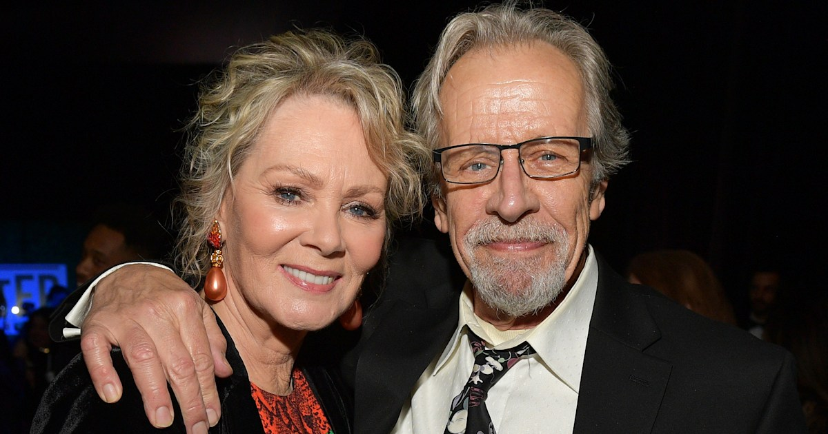 Jean Smart opens up about losing her husband of 34 years while filming 'Hacks'