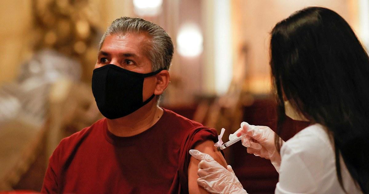 US passes 35 million Covid cases as California tops 4 million