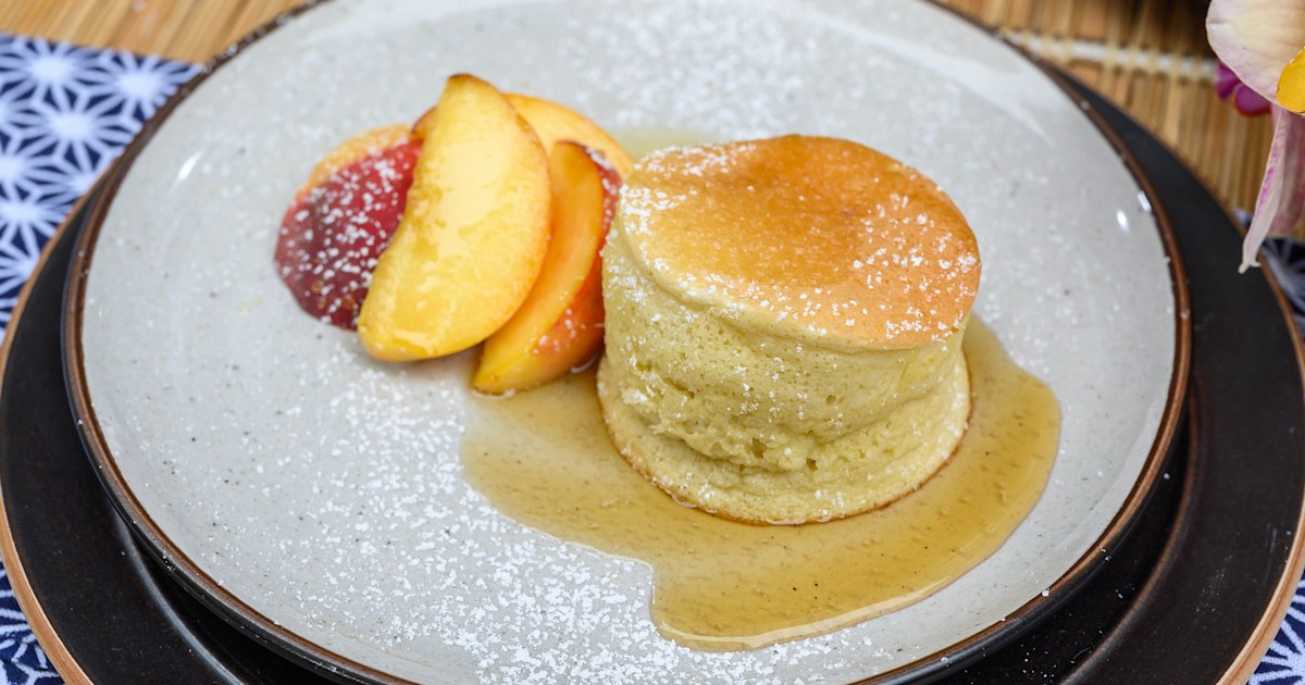 How to make the fluffiest Japanese soufflé pancakes