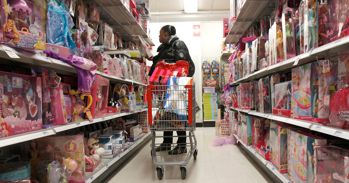 What parents need to know about a major toy shortage this holiday season