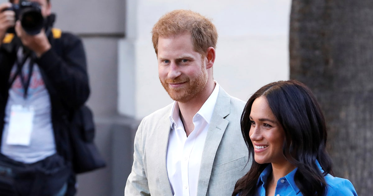 See Harry and Meghan's portrait for their 1st posed magazine cover together