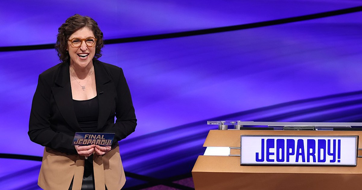 Mayim Bialik talks response to 'Jeopardy!' hosting: 'We're all learning as we go here'
