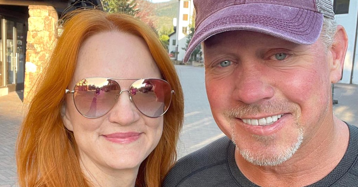 Ree Drummond shares loving tribute to husband (and his muscles) on 25th anniversary