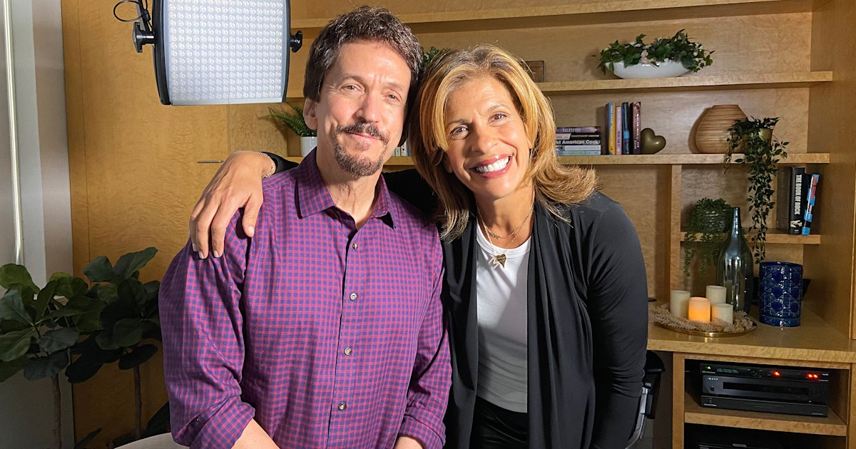 Hoda Kotb is 'Making Space' for life lessons from Mitch Albom