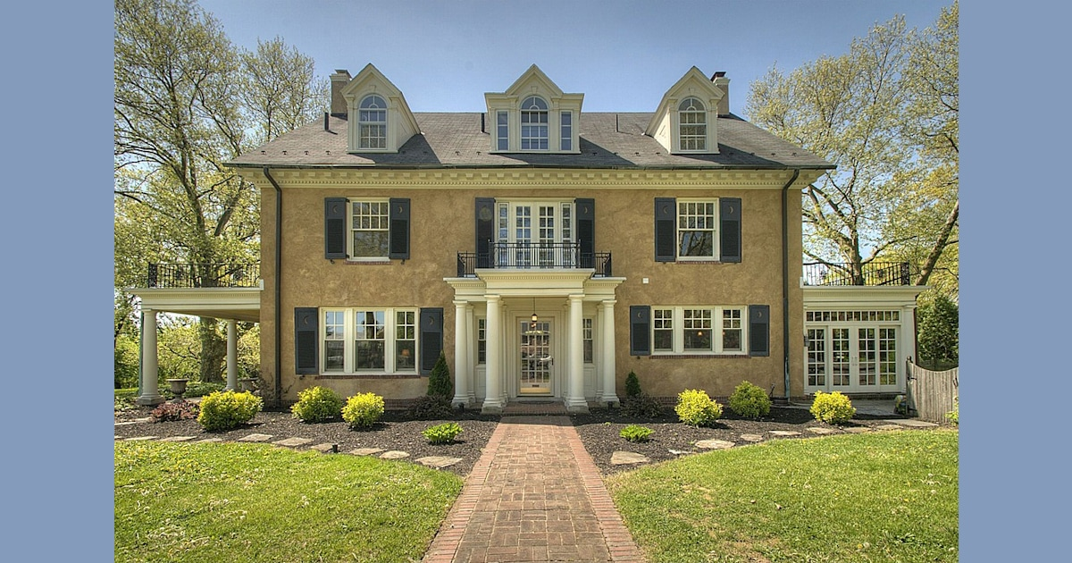 Celeb Real Estate Taylor Swift S Childhood Home