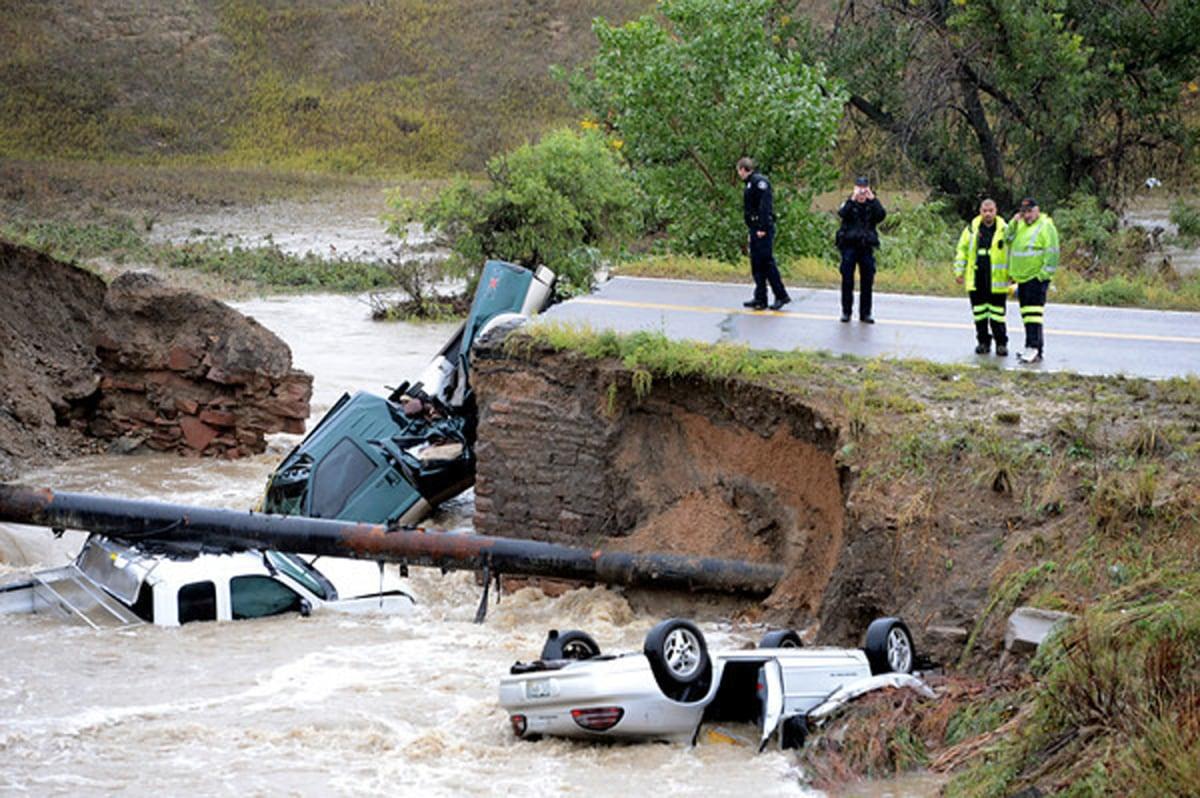 ss-130912-colo-floods-bridge-dc-08.ss_full.jpg