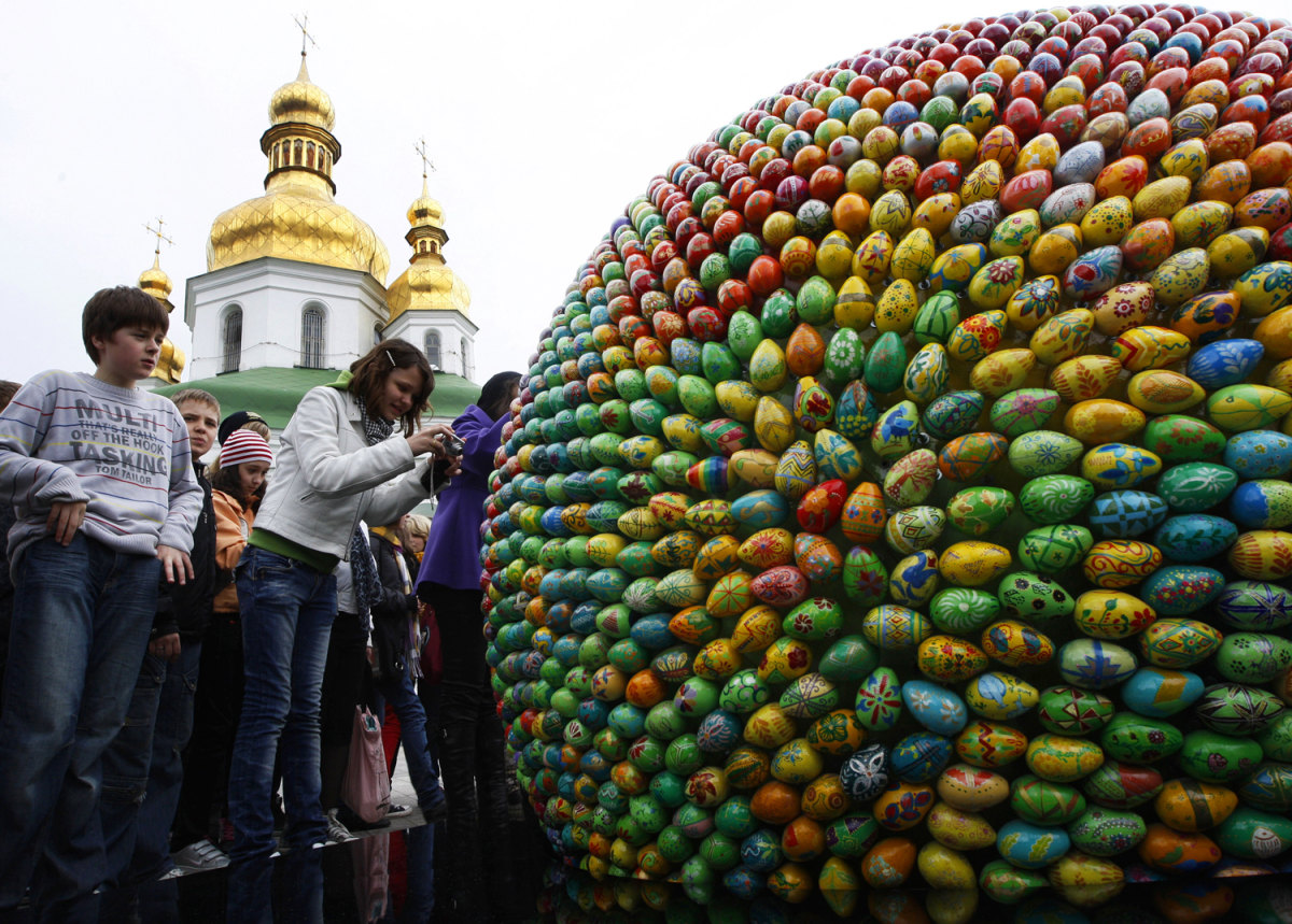 Easter around the world - Slideshows and Picture Stories - NBCNews.com