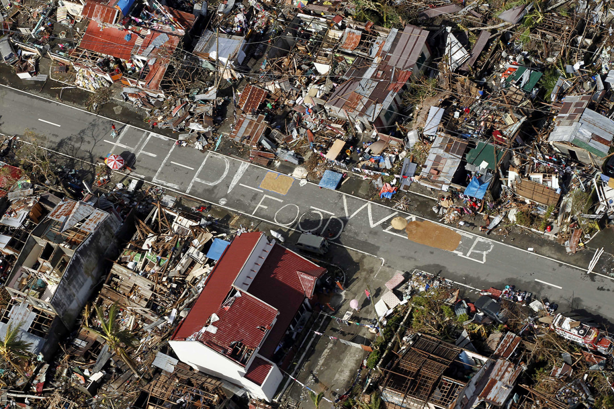 ss-131112-typhoon-haiyan-003.ss_full