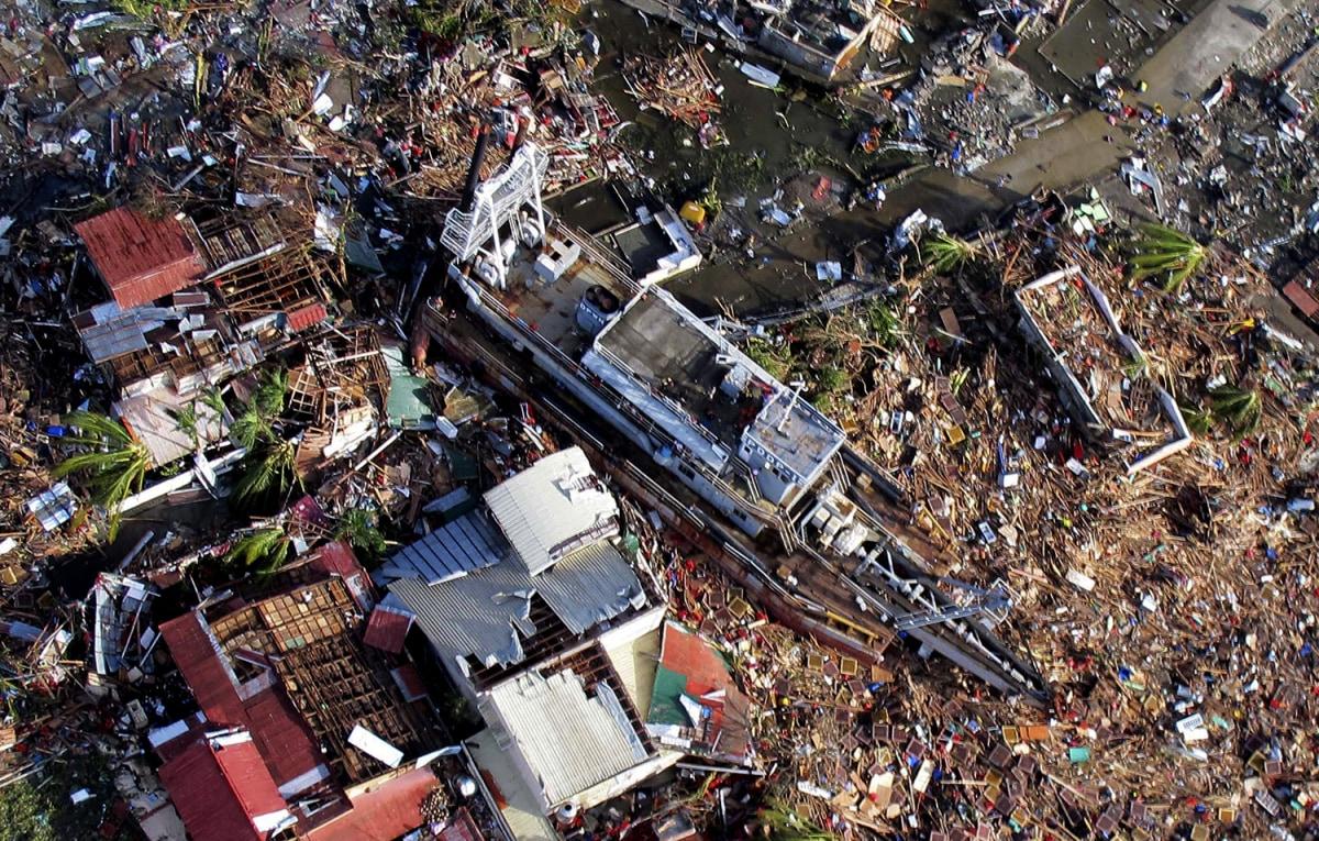 ss-131112-typhoon-haiyan-007.ss_full