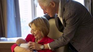 Hillary Clinton, Bill and granddaughter