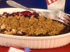 Martha's scrumptious blueberry crisp - today > food - food - TODAY.com