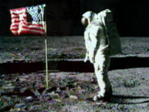Buzz Aldrin to accept NASA's Emmy award - Technology ...