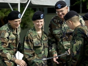 43915c0660ee6 Army soldiers ditch hated berets in favor of caps - US news - Military