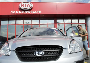 Car buyers see signs of thaw in lending business autos for Commonwealth motors lawrence mass