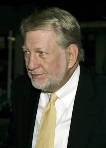 ex ceo of worldcom essay Arthur anderson, worldcom's external auditor had audited worldcom's 2001 financial statements and reviewed worldcom's books for the first quarter of 2002 arthur anderson said that the work it performed for worldcom was complied with professional and securities and exchange commission standards.