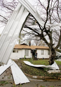 Tornadoes Kill Four From Texas To Alabama Weather