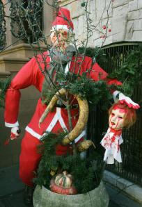 Dralle Deutsch Türkin lässt sich vom Santa Claus ficken