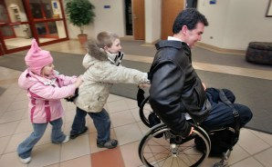 paraplegic man dating You deserve to be happy and that's why you're at this site, created for all the lonely hearts find someone with a similar impairment and live your life to the fullest, paraplegic dating.