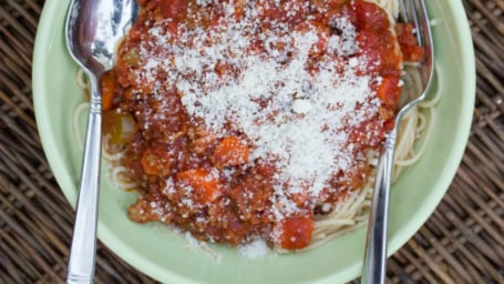 Slow-cooker bolognese sauce recipe by Erin Chase of $5 Dinners